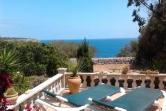 Blick vom Haus zum Meer